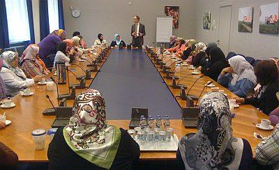 In gesprek met de dames van NISA uit Hillesluis, Rotterdam